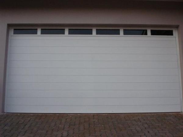 portao-garagem-pvc-vitro-galeria-portao-garagem